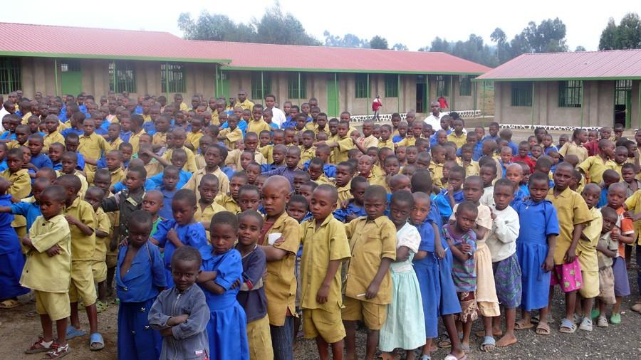rw-03-ruim-800-kinderen-naa